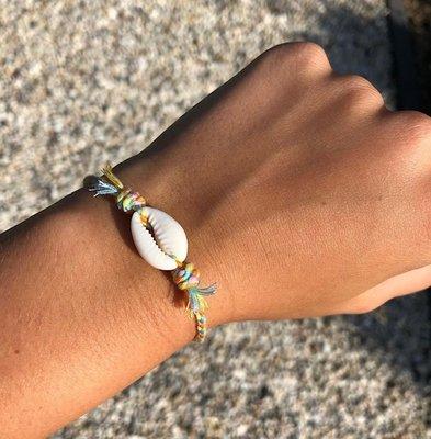 Joyjewelleryy armbandje wit happy beach