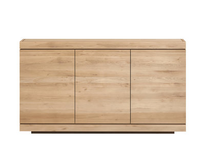 Ethnicraft Burger sideboard 3 push open doors oak