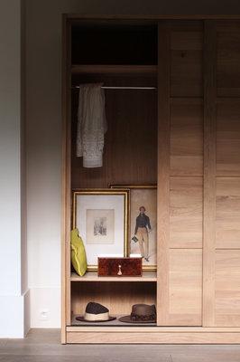 Ethnicraft oak KDS dresser knockdown 2 sliding doors