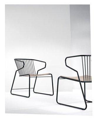 Ethnicraft Gabbia chair