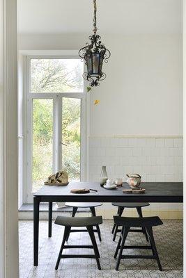 Ethnicraft Bok dining table oak black