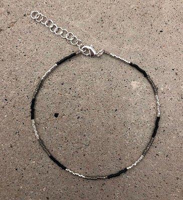 Jewelz By Joya enkelbandje handmade zwart grijs zilver